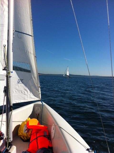 Sailing close-hauled to east with the C55
